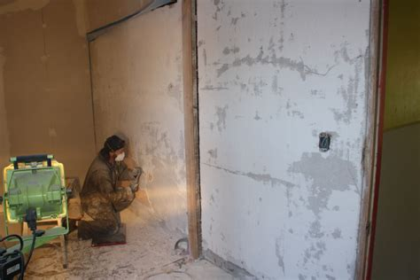 repairing lime plaster walls finishes forum  permies
