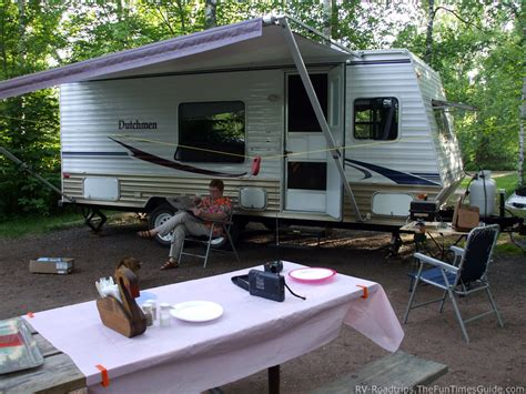 Travel Trailers Awnings