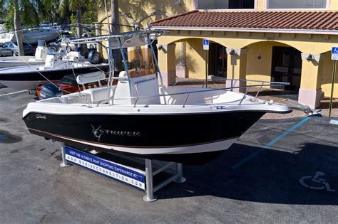 Striper Center Console Boats For Sale by Used 2007 Seaswirl 2101 Striper Center Console Boat For