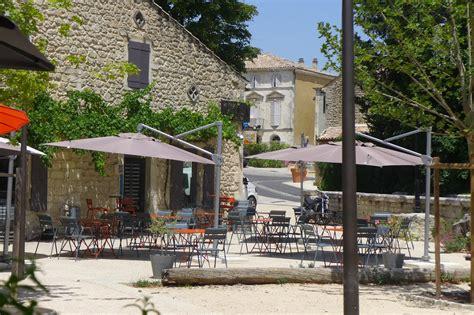 Le Comptoir Des Arts Paul Trois Chateaux by H 244 Tels Et Restaurants En Dr 244 Me Proven 231 Ale Christine Miranda