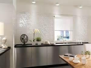 Piastrelle cucina bianche lucide : Piastrelle cucina resistenti e moderne ceramica