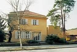 Datei Haus Wiesbaden Mies Der Dom Perls Berlin