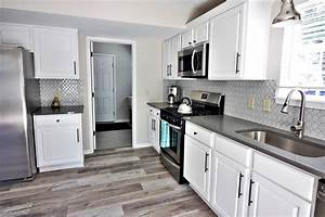Gray, Kitchen