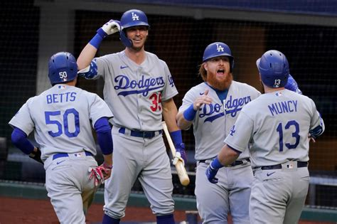 Dodgers record-setting 11-run inning ends with 15-3 win ...