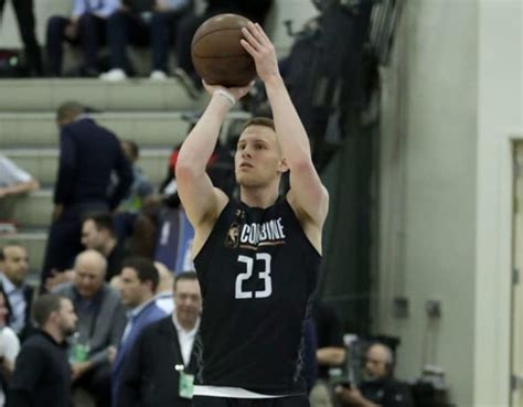 depreps donte divincenzo  remain   nba draft