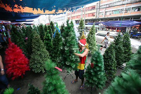 plastic christmas trees await buyers  divisoria