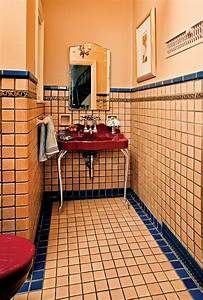Guide To 20th-century Bathroom Tile