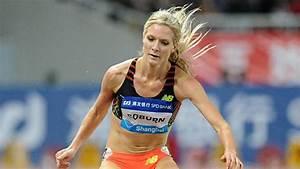 Don U0026 39 T Worry Ladies  Olympic Runners Forget Their Hair Ties Too
