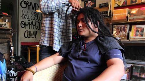 epic style rambut gimbal  tentang inspirasi gaya bagus
