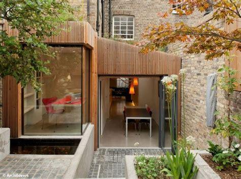 extension cuisine sur jardin extension en bois maison ouverte sur le jardin déco
