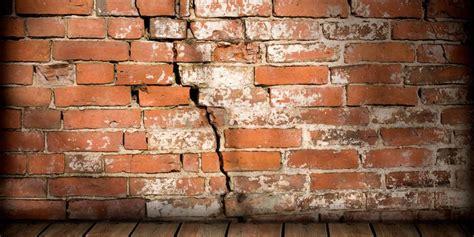 5 Reasons Your Home Has Bulging Walls Boiman And Myers Inc