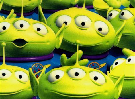 Top 10 Alien Bffs