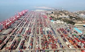 Shanghai port, the world's busiest, handles 736m tonnes ...