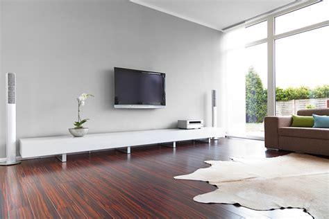 tv schrank modern šedá barva v interiéru