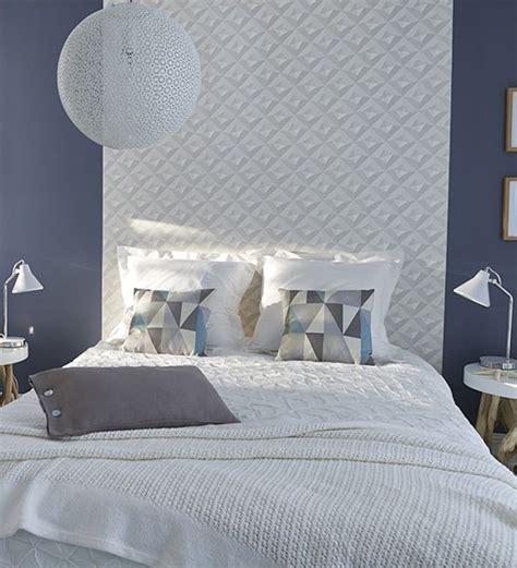 modele tapisserie chambre les 25 meilleures idées de la catégorie papier peint