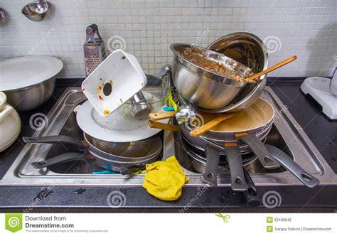 sur la cuisine ustensile sale sur la cuisine photo stock image du