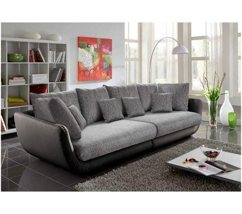 canapé gris but salon avec canape noir