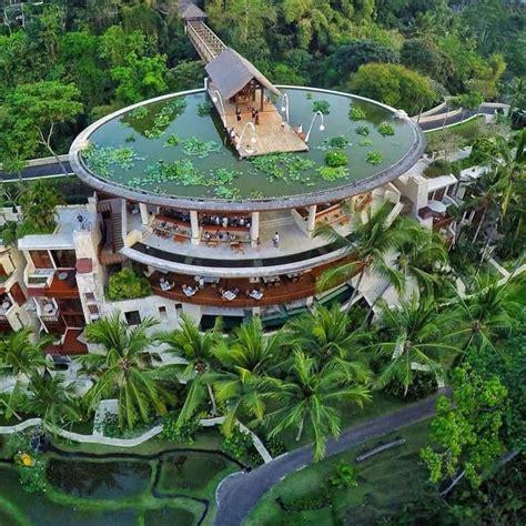 seasons resort bali  sayan