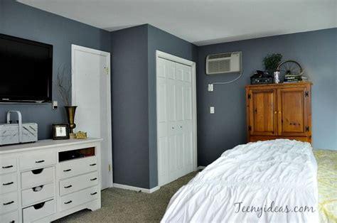 cozy master bedroom retreat walls painted benjamin moore