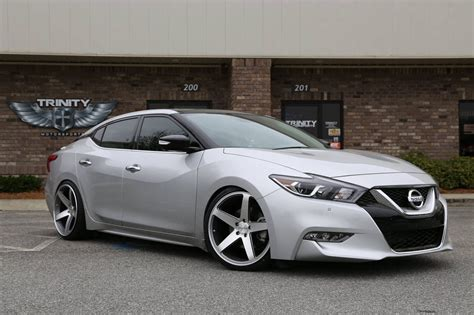 nissan maxima  nissan recomended car