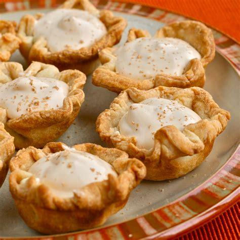Hot apple pie shot 1/2 oz. Y is for: YUMMMMMMM {Caramel Apple Pie Pudding Shots} - e is for eat
