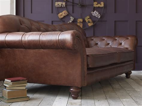 chaise cuir vintage the crompton vintage brown leather chesterfield sofa