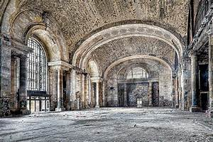 10 Stunningly Beautiful Abandoned Buildings in America ...