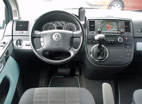 volkswagen multivan interior volkswagen t5 multivan image 10