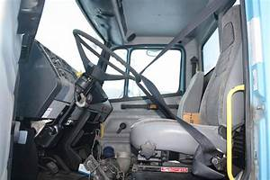 1999 Freightliner Fl70 Day Cab Truck For Sale
