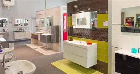 un showroom salle de bains et carrelage pour vm 224 tours