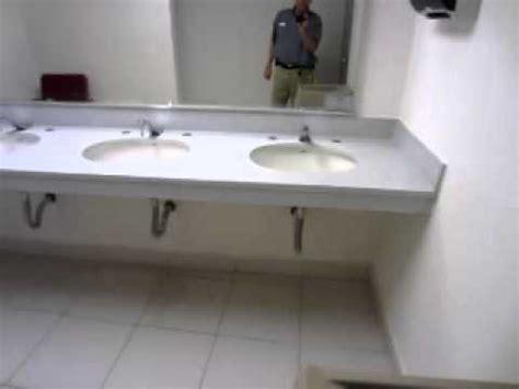 cubierta lavabo de marmol maltratado  granito