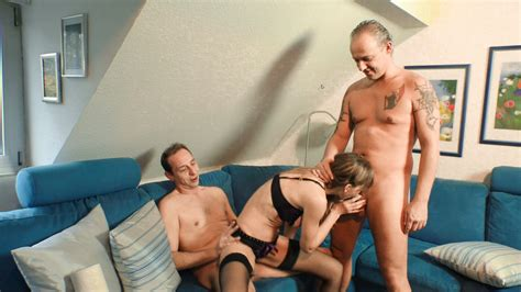 reife swinger old german lady gets pounded hard in steamy