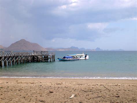 komodo island   tropical paradise examination
