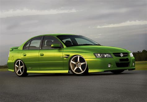 commy ss  holden commodore specs  modification