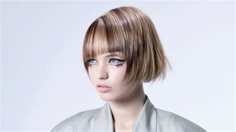 Diagonal Striped Hair Color For A Short And Sweet Page Boy Cut