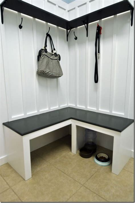corner mudroom bench 27 best small corner mudroom images on laundry 2616