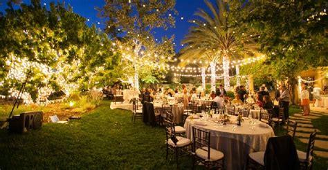 tips  planning  amazing backyard wedding elegante