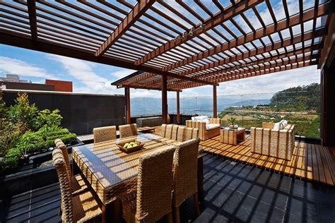 Rooftop Deck Pergola Wicker Furniture Designing Idea