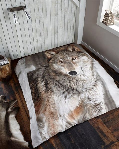 bed bath photographic wolf throw xcm