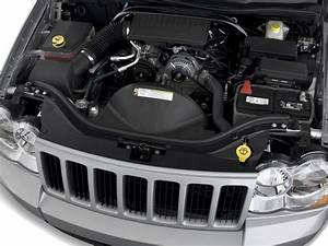 Image  2010 Jeep Grand Cherokee Rwd 4