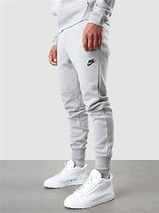 Best 25+ Grey nike joggers ideas on Pinterest | Grey adidas joggers Nike sweats outfit and Nike ...