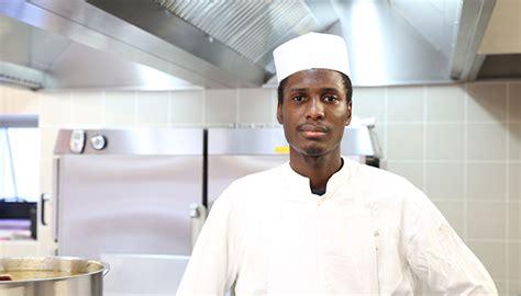 devenir commis de cuisine les coulisses du de boudan les apprentis