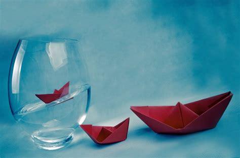 paper boats  vase  stock photo public domain pictures