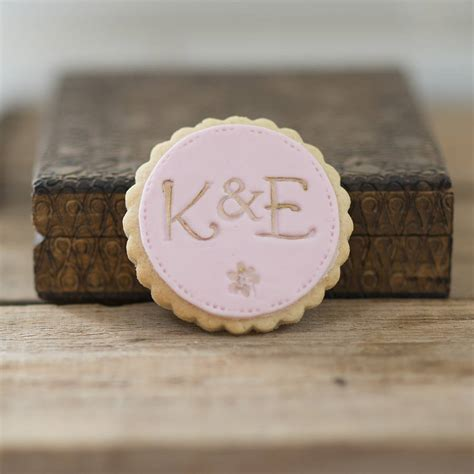 personalised monogram wedding favour cookies  nila