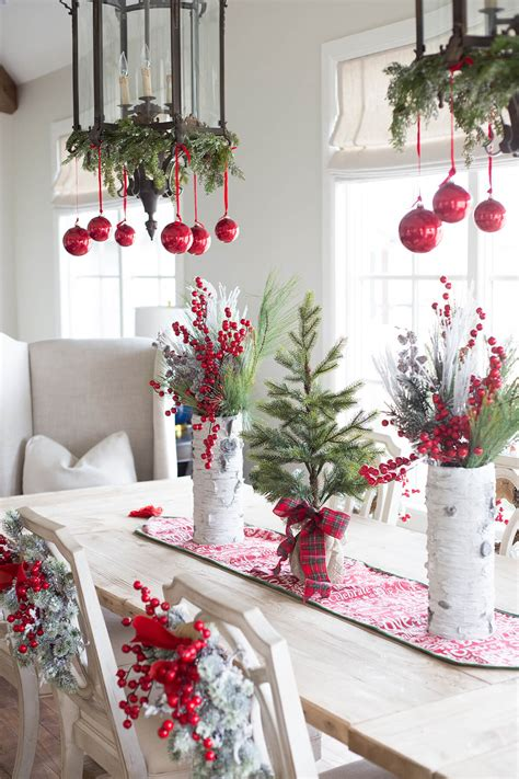 40+ Best Red Christmas Decor Ideas And Designs For 2019