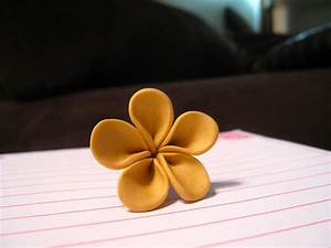 Tutorial: Easy Polymer Clay Flowers | Polymer clay flowers ...
