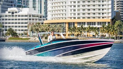Miami Vice Boat Don Johnson by Miami Vice Co Star Rides Fast Boat To Miami