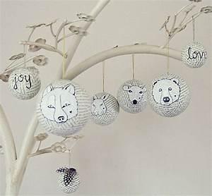 Weihnachtskugeln Selbst Gestalten : weihnachtskugeln basteln aus alten buchseiten sovuischee ~ Lizthompson.info Haus und Dekorationen