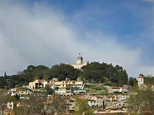 Iveco Villeneuve Loubet : photo village de villeneuve loubet ~ Gottalentnigeria.com Avis de Voitures