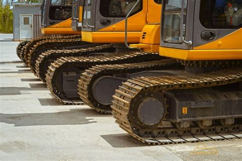 excavator tracks  sale types  mini excavators commonwealth theme